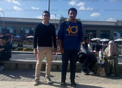 """""""عمرو"""" و""""عُمر"""" يتفقان على حيلة لشراء أكبر عدد من الكتب: """"كله بالنص"""""""