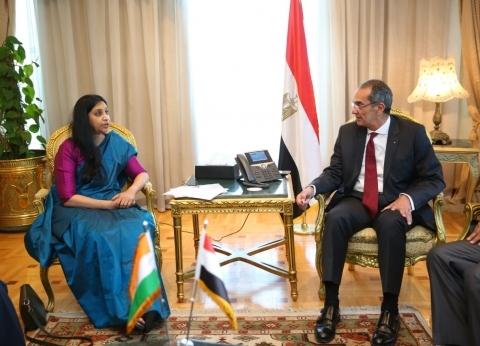 طلعت يبحث مع نائب وزير الاتصالات الهندي التعاون في الذكاء الاصطناعي