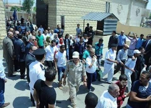 بالصور| الإفراج بالعفو عن 913 من نزلاء السجون والشرطي عن 98 سجينا