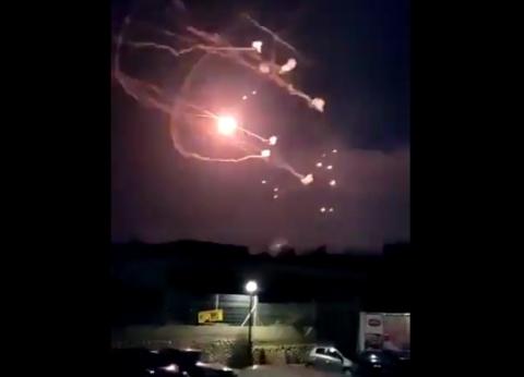 عاجل| الدفاعات الجوية السورية تتصدى لصواريخ في ريف دمشق الغربي