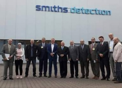 رئيس ميناء دمياط يتجه لألمانيا لزيارة مصنع لإنتاج أجهزة فحص السيارات