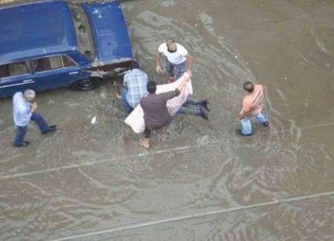 """رئيس """"القابضة للمياه"""": الأمطار الساقطة على الإسكندرية أمس هي الأغزر عبر التاريخ"""