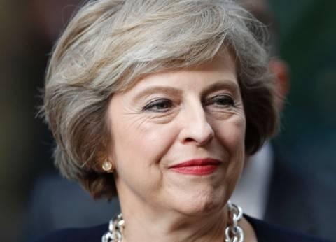 """وزير الدفاع البريطاني يحذر """"ماي"""" من الإقالة بسبب ميزانية وزارته"""