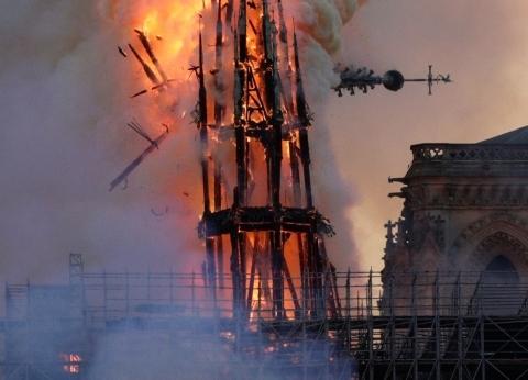 بعد احتراقه.. أبرز المعلومات عن برج كاتدرائية نوتردام التاريخي بباريس
