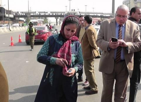 أمن القليوبية يعيد حافظة نقود لربة منزل فقدتها في سيارة أجرة
