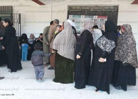 محافظ مطروح يتابع العملية الانتخابية في اليوم الثالث: تحية للمرأة
