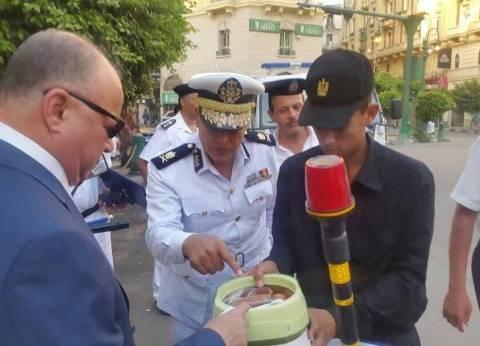 بالصور| مدير أمن القاهرة يتفقد الخدمات الأمنية قبل الإفطار