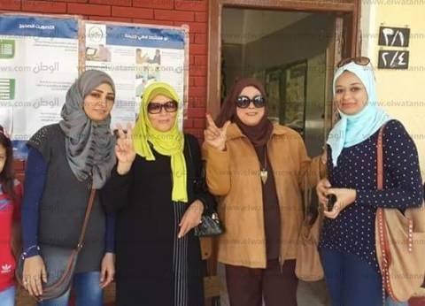 """إقبال الناخبات على لجان """"عابدين"""" وسط إجراءات أمنية من الشرطة النسائية"""