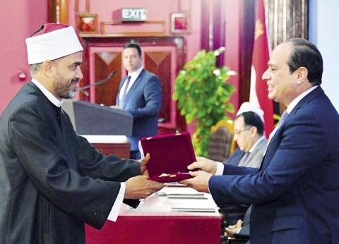«السيسى» فى «مولد النبى»: القراءة الخاطئة لأصول الدين.. مشكلة المسلمين الحقيقية