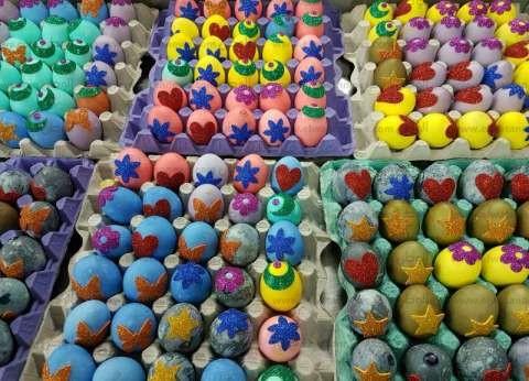 مركز أورام المنصورة يقدم البيض الملون للمرضي في شم النسيم