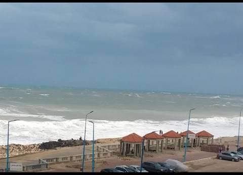 غلق بوغازي ميناء مطروح والسلوم لسوء الأحوال الجوية