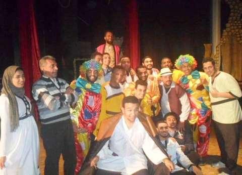 """""""المهرج تيل"""" في عرض مسرحي بقصر ثقافة سوهاج"""