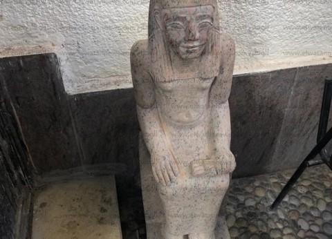 ضبط تمثال جرانيت يشتبه في أثريته على متن سيارة قبل تهريبه في أسيوط