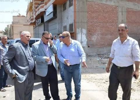 سكرتير عام محافظة الإسماعيلية يتابع أعمال حملات النظافة
