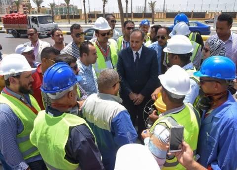 محافظ الإسكندرية يحضر تطبيق تجربة محاكاة بمحطات الصرف الصحي