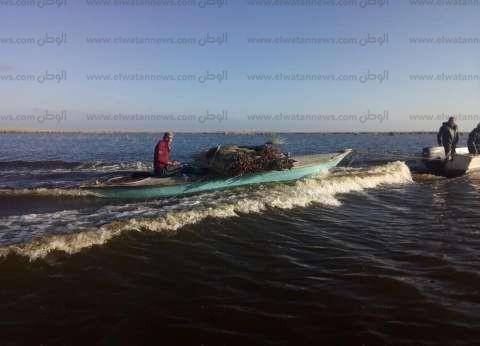 بالصور| محافظ كفر الشيخ يتابع إزالة التعديات على بحيرة البرلس
