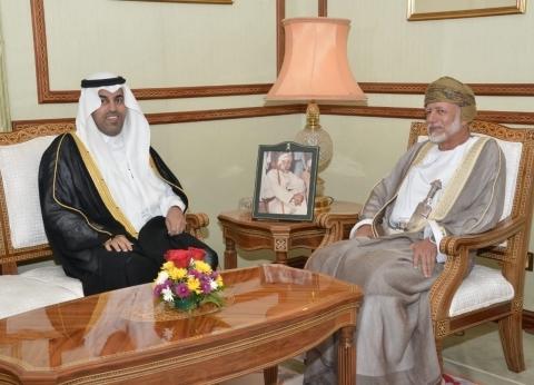 رئيس البرلمان العربي يبحث مع وزير خارجية عمان مستجدات الأوضاع بالمنطقة