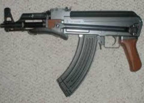 ضبط 3 بنادق آلية وخرطوش وعدد من الخزن والطلقات في أسيوط