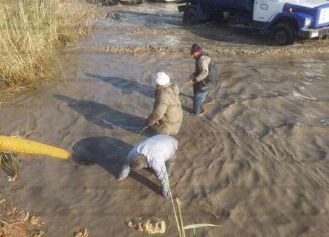 حي غرب الإسكندرية يواصل تنفيذ مشروع الصرف الصحي بنجع العرب