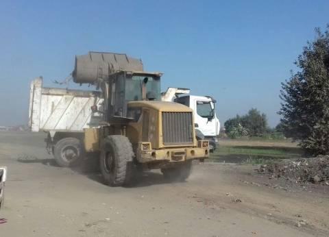حملة مكبرة لرفع القمامة والمخلفات من مدخل قرية الحصة بطوخ