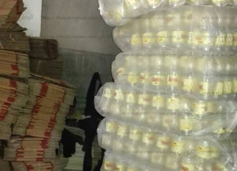 ضبط بقال تمويني جمع 5 آلاف زجاجة زيت لبيعهم في السوق السوداء