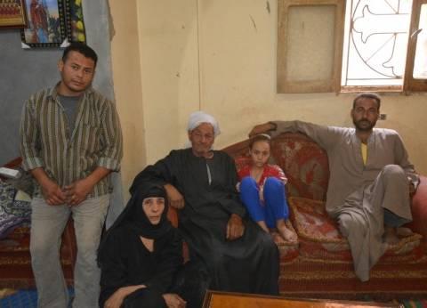 أسر شهداء المذبحة ينتظرون «رفات أبنائهم» بالتمجيدات وأجراس الكنائس
