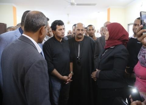 """صبحي"" يتفقد مركز شباب نجع حمادي"