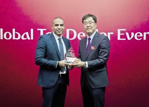 وكيل «كيا» يتسلم جائزة أفضل الموزعين على مستوى العالم