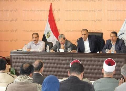 بالصور| رئيس مدينة دسوق يناقش شكاوى الأهالي.. ويكلف بحلها