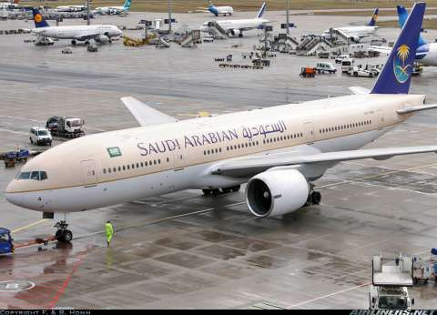 الخطوط الجوية السعودية تبث تكبيرات العيد على متن طائراتها