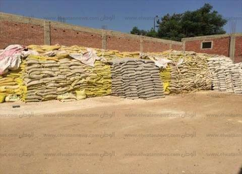 """""""شرطة البيئة"""": ضبط 100 طن أعلاف وأسمدة زراعية مغشوشة في القليوبية"""