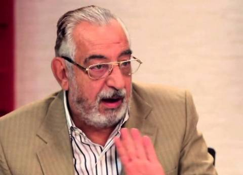"""من """"السحت بيه """"إلى """"الفنان البوهيمي"""".. أحمد راتب صانع الألقاب"""