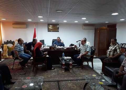 """رئيس مدينة سفاجا يلتقي وفد """"الصحة"""" المكلف بمكافحة البعوض"""