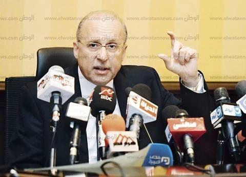 """وزير الصحة: 76 ضحية لـ""""الشمس القاتلة"""" ولا إصابات بالالتهاب السحائى"""