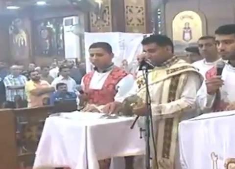 أسقف المنيا يترأس قداس سنوية 3 من شهداء حادث دير الأنبا صموئيل