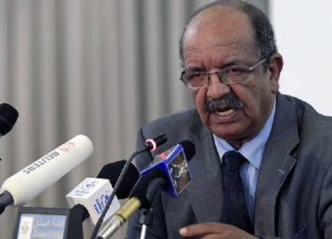 الجزائر تعيد فتح سفارتها في ليبيا قريبا
