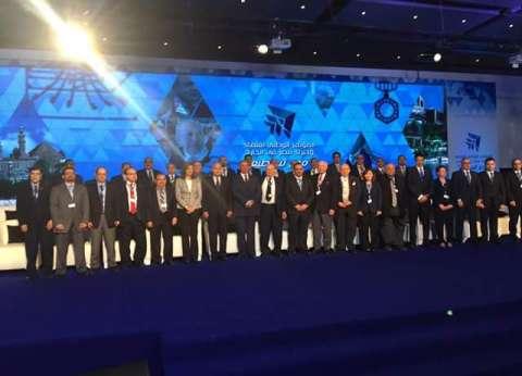 رئيس الوزراء: مؤتمر علماء مصر فرصة للتفاعل الإيجابي بين العلماء والشباب