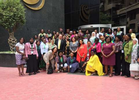 """""""محرز"""" خلال لقاء """"النساء الأفارقة"""": 3% حصة الإناث من الأراضي الزراعية"""