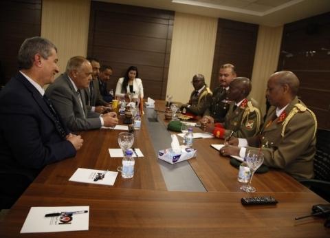 """رئيس """"العربية للتصنيع"""": مستعدون لنقل خبراتنا لدولة بوروندي الشقيقة"""