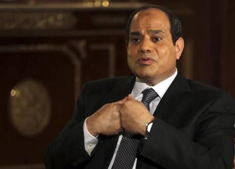 السيسي يعزي أولاند هاتفيا.. والرئيس الفرنسي يؤكد تعاون بلاده مع مصر لمكافحة الإرهاب