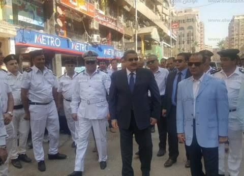 """مدير أمن الجيزة يقود حملة مكبرة في """"الهرم"""" لإعادة الانضباط للشارع"""