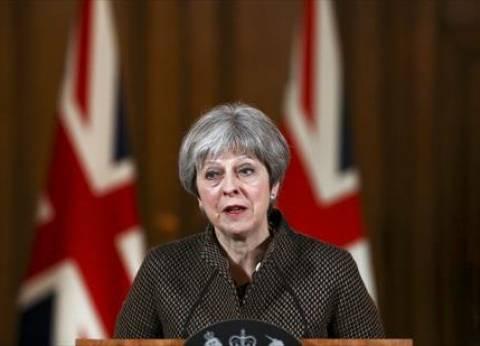 """تريزا ماي تتحدث في البرلمان حول """"ضرب سوريا"""" الاثنين المقبل"""