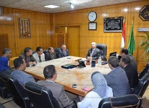 محافظ الإسماعيلية يلتقي ممثلي ائتلاف الأحزاب السياسية