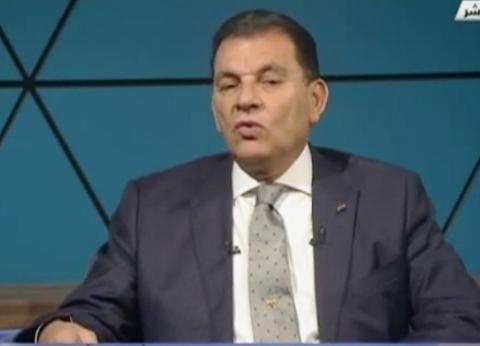 حاتم باشات: الرئيس السيسي يشعر بالمسؤولية تجاه القارة الإفريقية