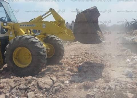 حملة لإزالة التعديات على الأراضي الزراعية في مطوبس بكفر الشيخ