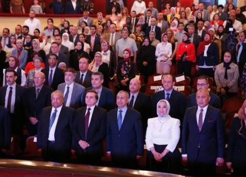 """رئيس """"الأكاديمية العربية للعلوم"""": نفتخر بتخريج كوكبة لبناء الوطن"""