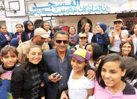 مدير أمن الإسماعيلية يشارك طالبات مدرسة في احتفالية المولد النبوي