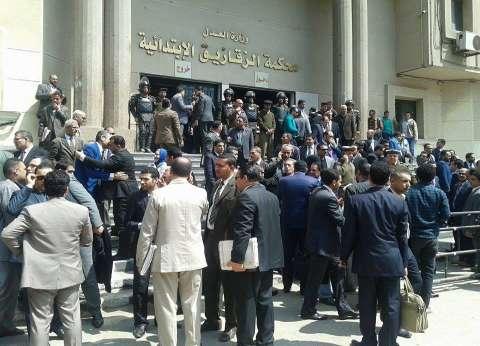 تجدد أزمات المحامين والقضاة.. وثورة غضب بعد حبس 7 فى «أبوكبير» بتهمة إهانة القضاء