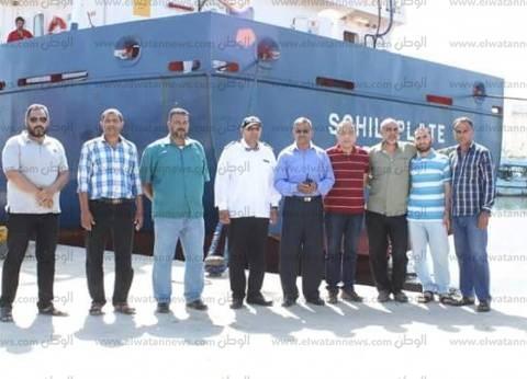 بالصور| ميناء البرلس يستقبل 12 طردا لمحطة كهرباء غرب