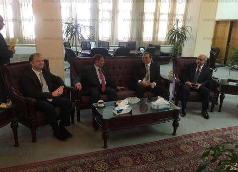 نائب رئيس جامعة الزقازيق يستقبل وزير القوى العاملة